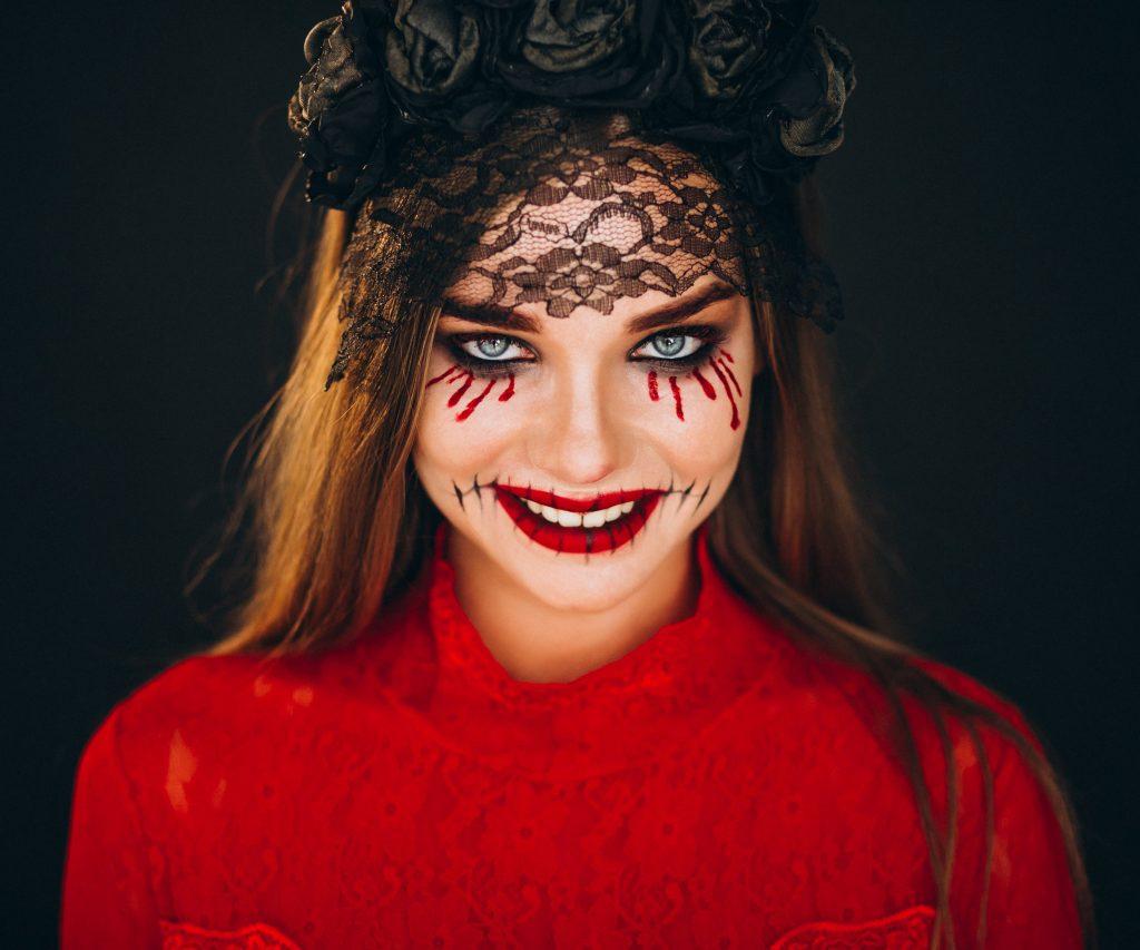 Halloween: cómo desmaquillarte después de una noche terrorífica