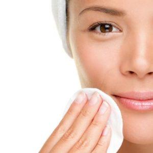 Limpieza facial, la importancia de llevar una buena rutina