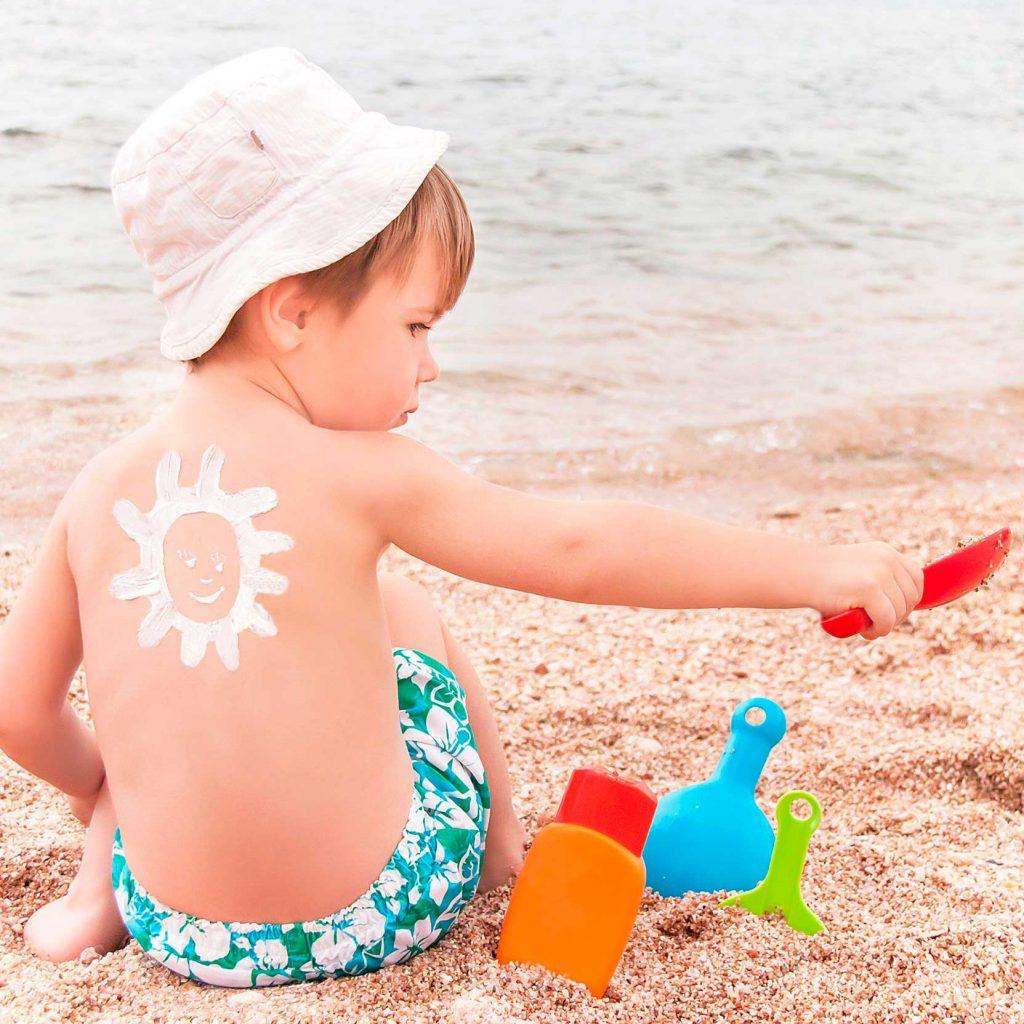 Niño-Protección solar