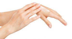 7 remedios naturales para evitar sequedad de las manos