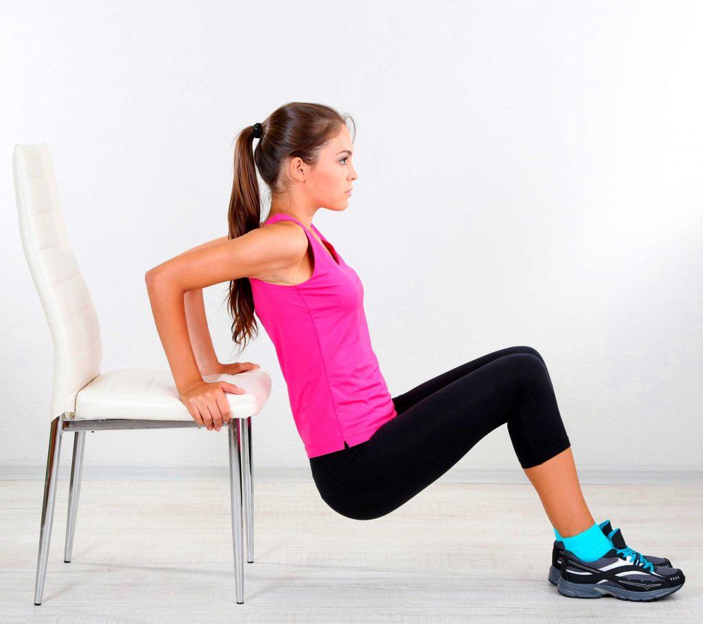 Tríceps con silla